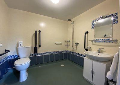 Room 8 wet room